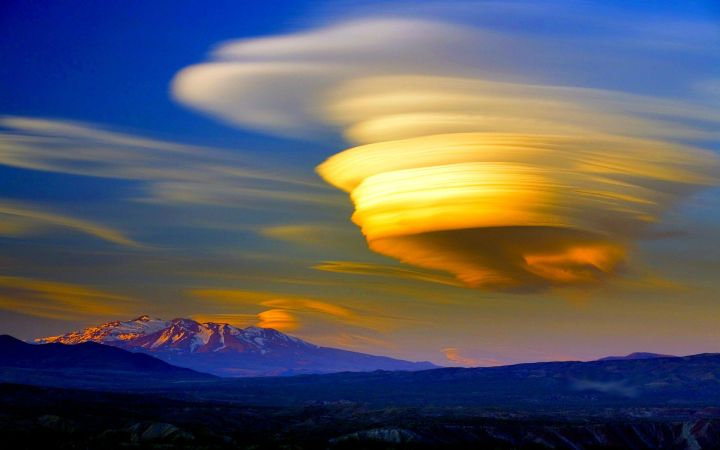 AD-Miraculously-Awesome-Rare-Natural-Phenomena-That-Occur-On-Earth-02-1