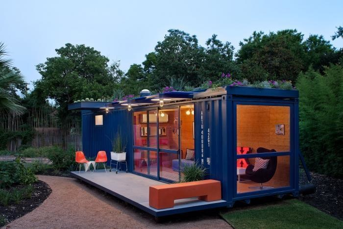 AD-Spectacular-Living-Spaces-Made-From-Recycled-Shipping-Containers-16