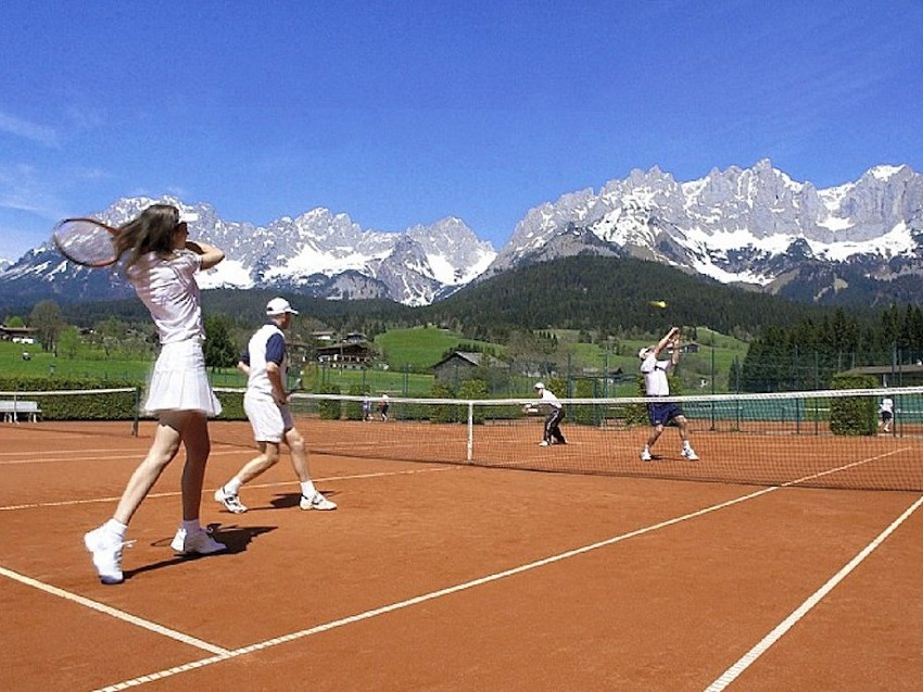 AD-Spectacular-Tennis-Courts-Around-The-World-01