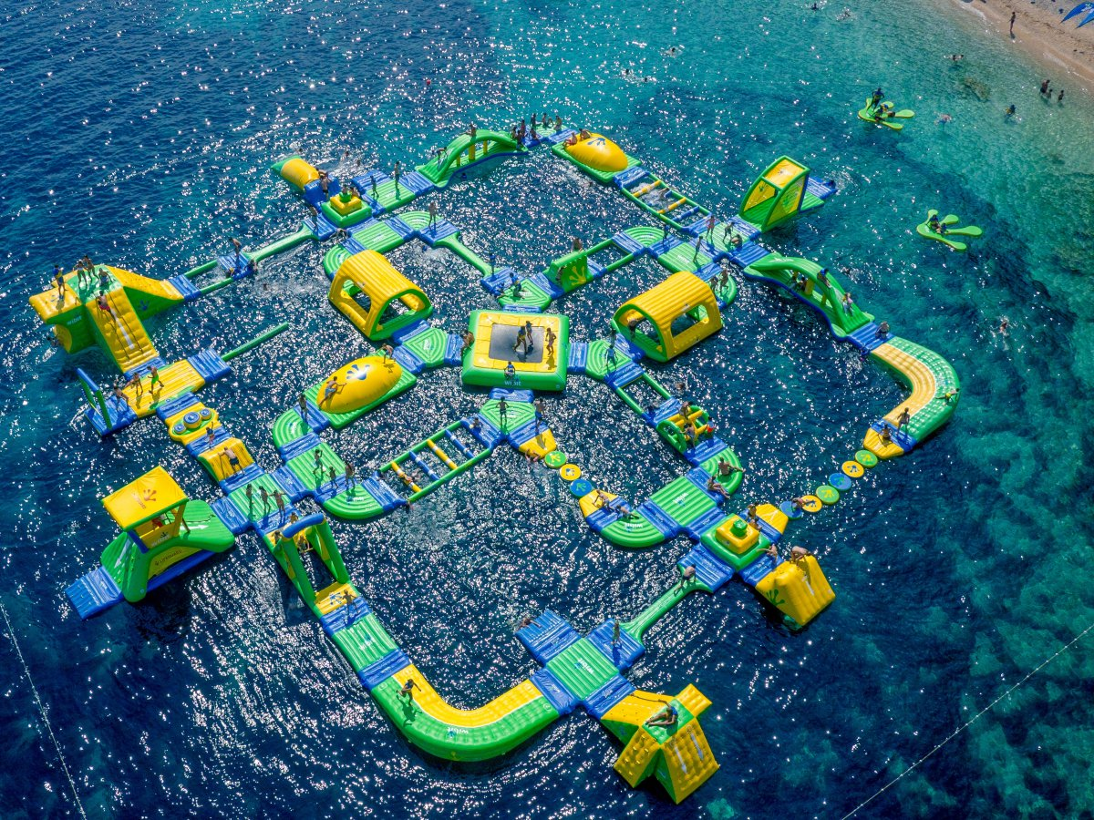 AD-The-World's-Coolest-Playgrounds-03