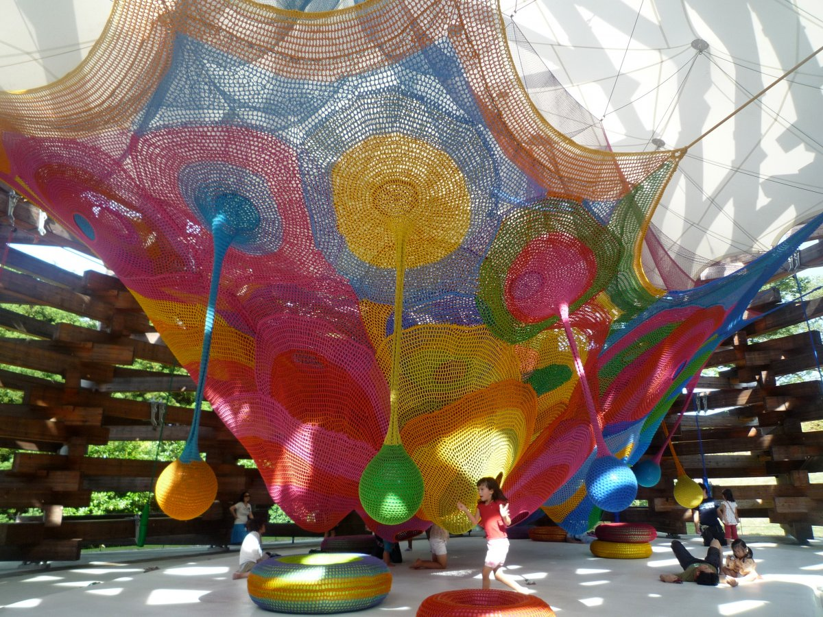 AD-The-World's-Coolest-Playgrounds-04