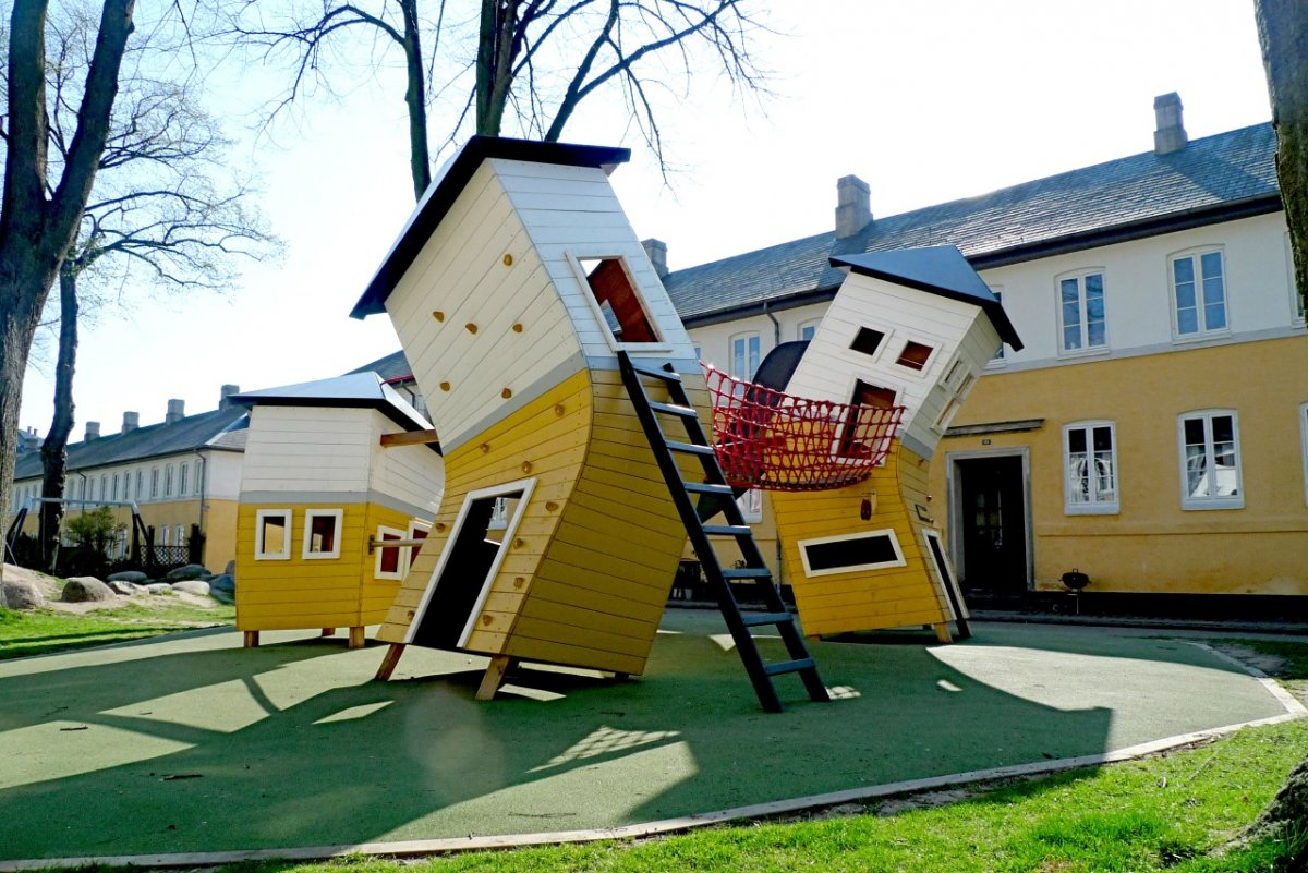 AD-The-World's-Coolest-Playgrounds-14