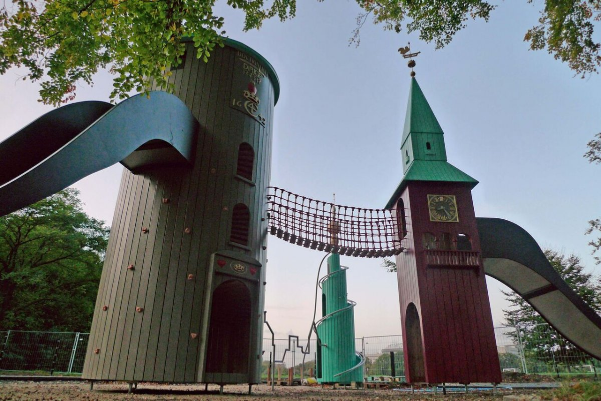 AD-The-World's-Coolest-Playgrounds-16