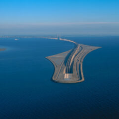 This Amazing Bridge Turns Into An Underwater Tunnel Connecting Denmark And Sweden