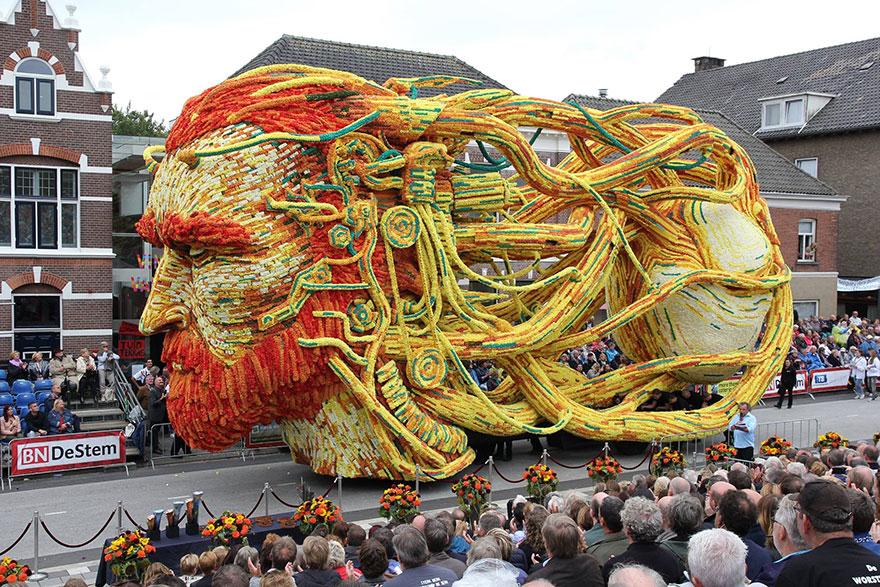AD-Van-Gogh-Flower-Parade-Floats-Corso-Zundert-Netherlands-02