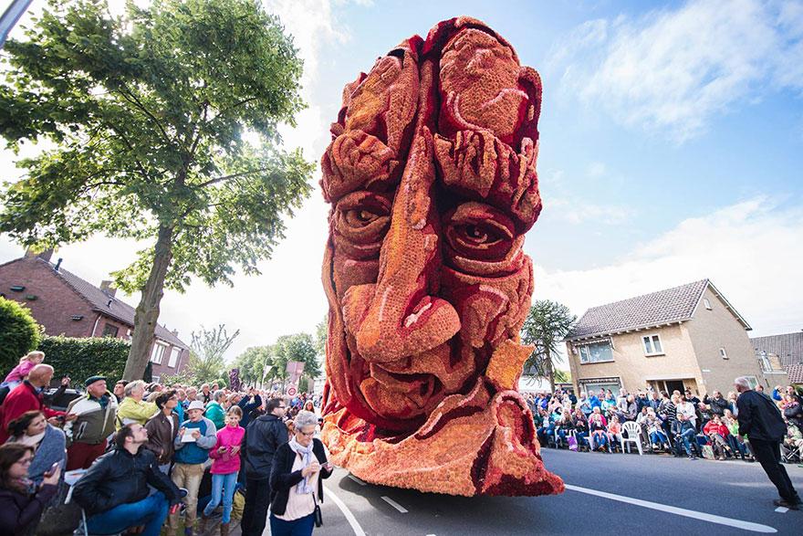 AD-Van-Gogh-Flower-Parade-Floats-Corso-Zundert-Netherlands-08