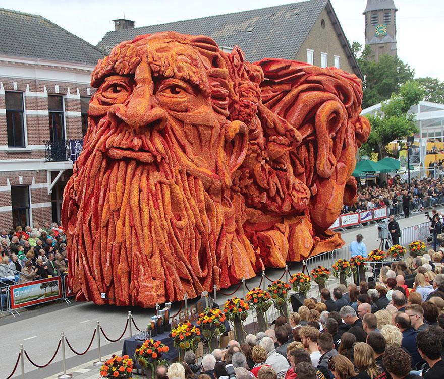 AD-Van-Gogh-Flower-Parade-Floats-Corso-Zundert-Netherlands-11