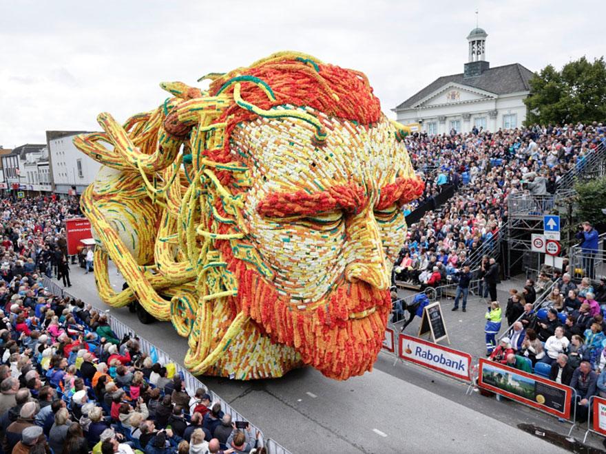 AD-Van-Gogh-Flower-Parade-Floats-Corso-Zundert-Netherlands-14