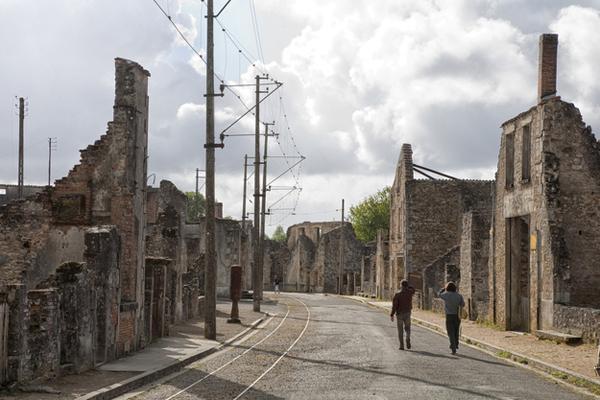 03-Oradour-sur-Glane-France-AD