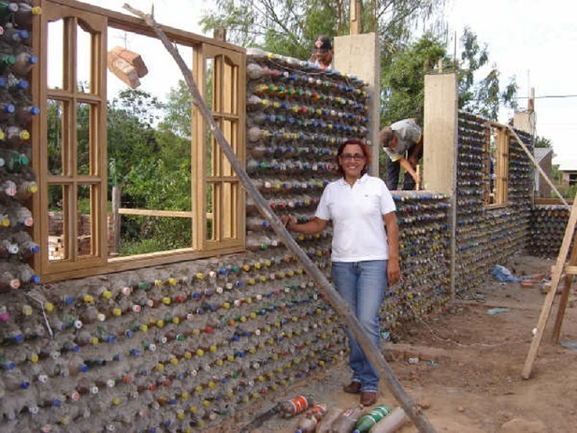 AD-Amazing-Recycled-Plastic-Bottles-House-07