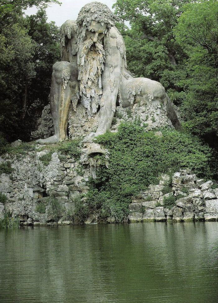 AD-Colosso-Dell-Appennino-Sculpture-Florence-Italy-01