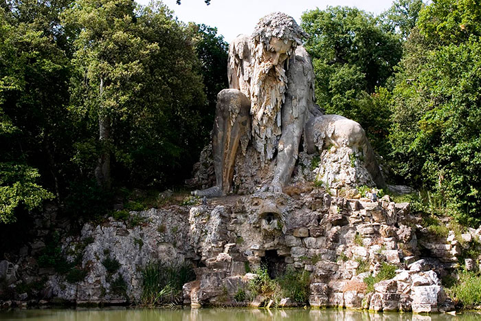 AD-Colosso-Dell-Appennino-Sculpture-Florence-Italy-02