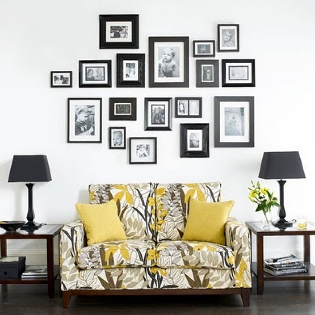 50 cool ideas to display family photos on your walls architecture rh architecturendesign net Wall Decor Living Room Wall Decorations for Small Living Room