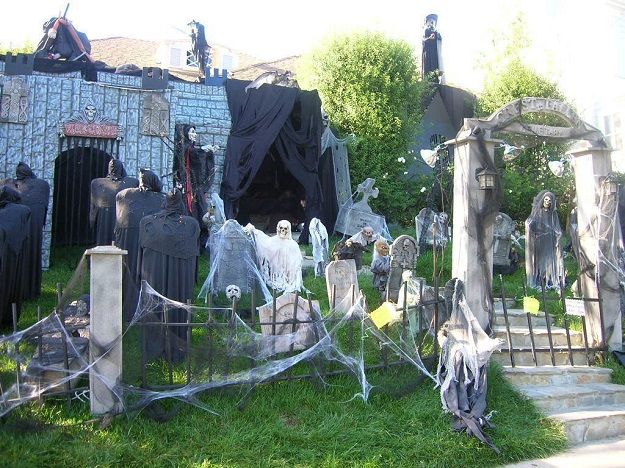 AD-Halloween-Decorations-14