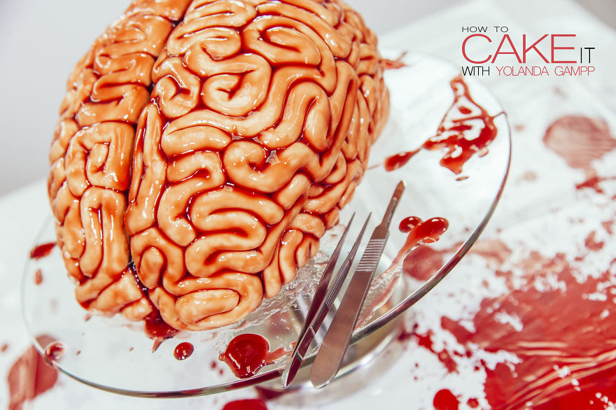 AD-I-Made-This-Red-Velvet-BRAIN-CAKE-For-The-Premiere-Of-The-WALKING-DEAD-07