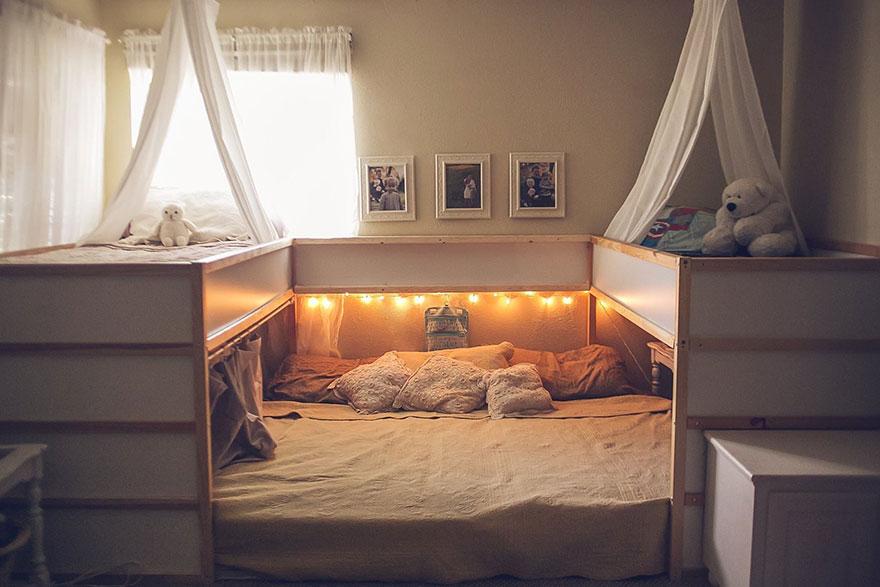 AD-Ikea-Bed-Hack-Five-Kids-Family-Sleep-Together-Elizabeth-Boyce-01