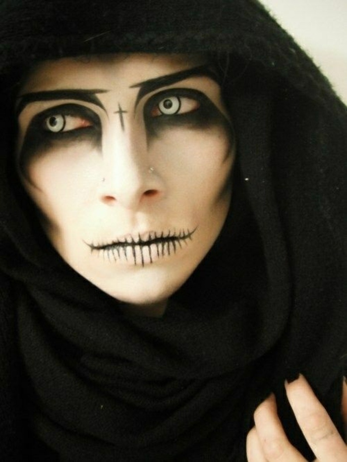 AD-Scary-Make-Up-Ideas-07