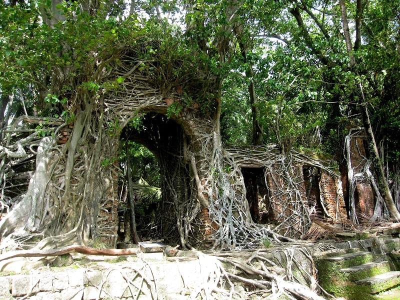 AD-The-Most-Beautifu-Abandoned-Places-In-The-World-05