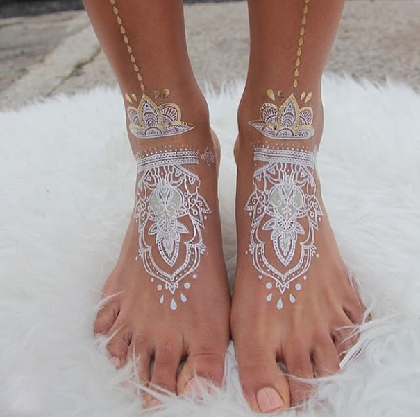 30 Stunning White Henna Inspired Tattoos That Look Like Elegant Lace
