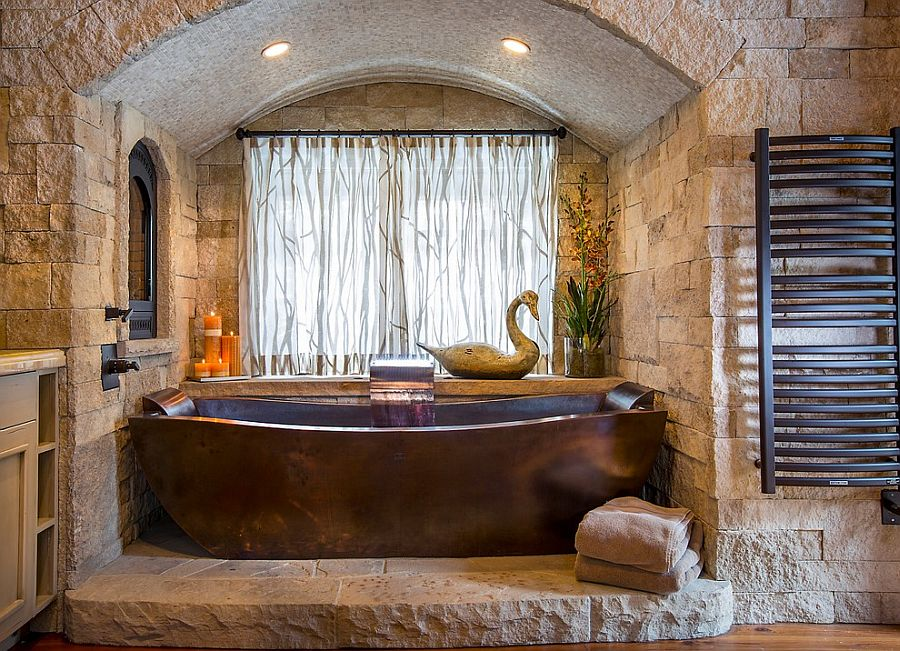 03-AD-Custom-copper-bathtub-and-stone-backdrop-steal-the-show-here