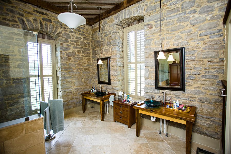 05-AD-Bathroom-inside-1800s-Bourbon-Distillery-turned-into-a-unique-modern-home