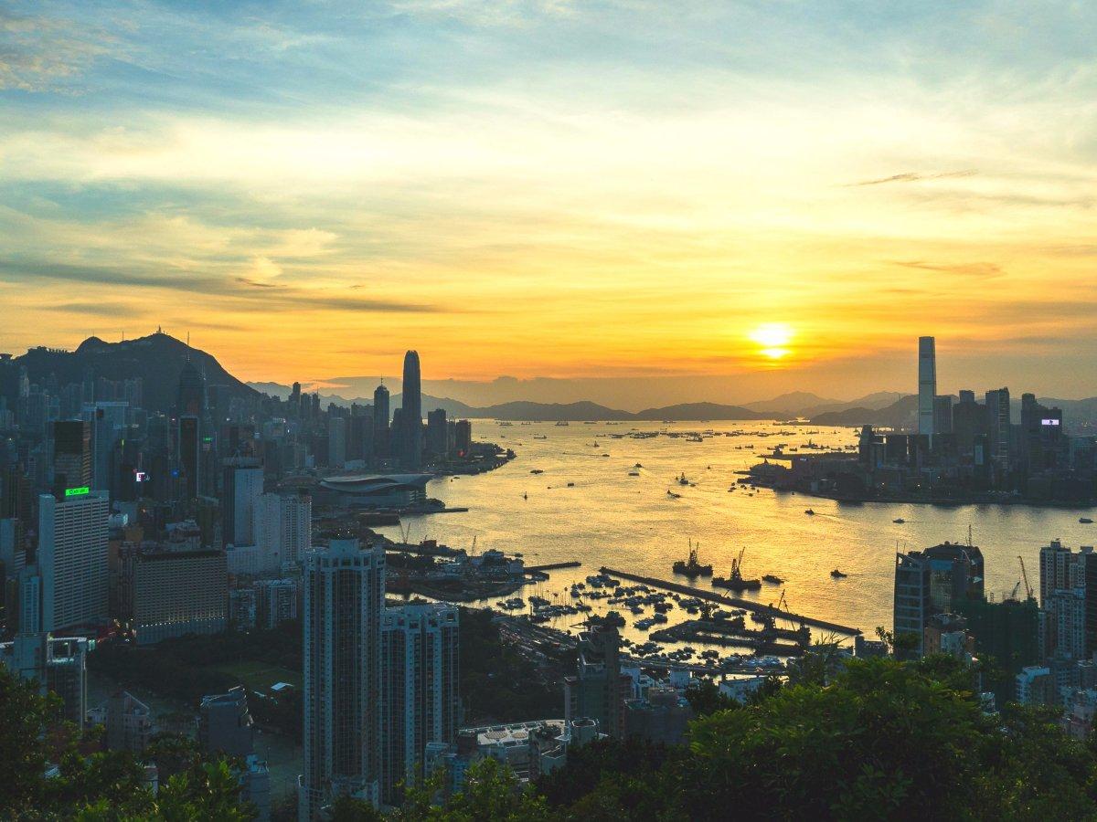20-Hong-Kong-AD