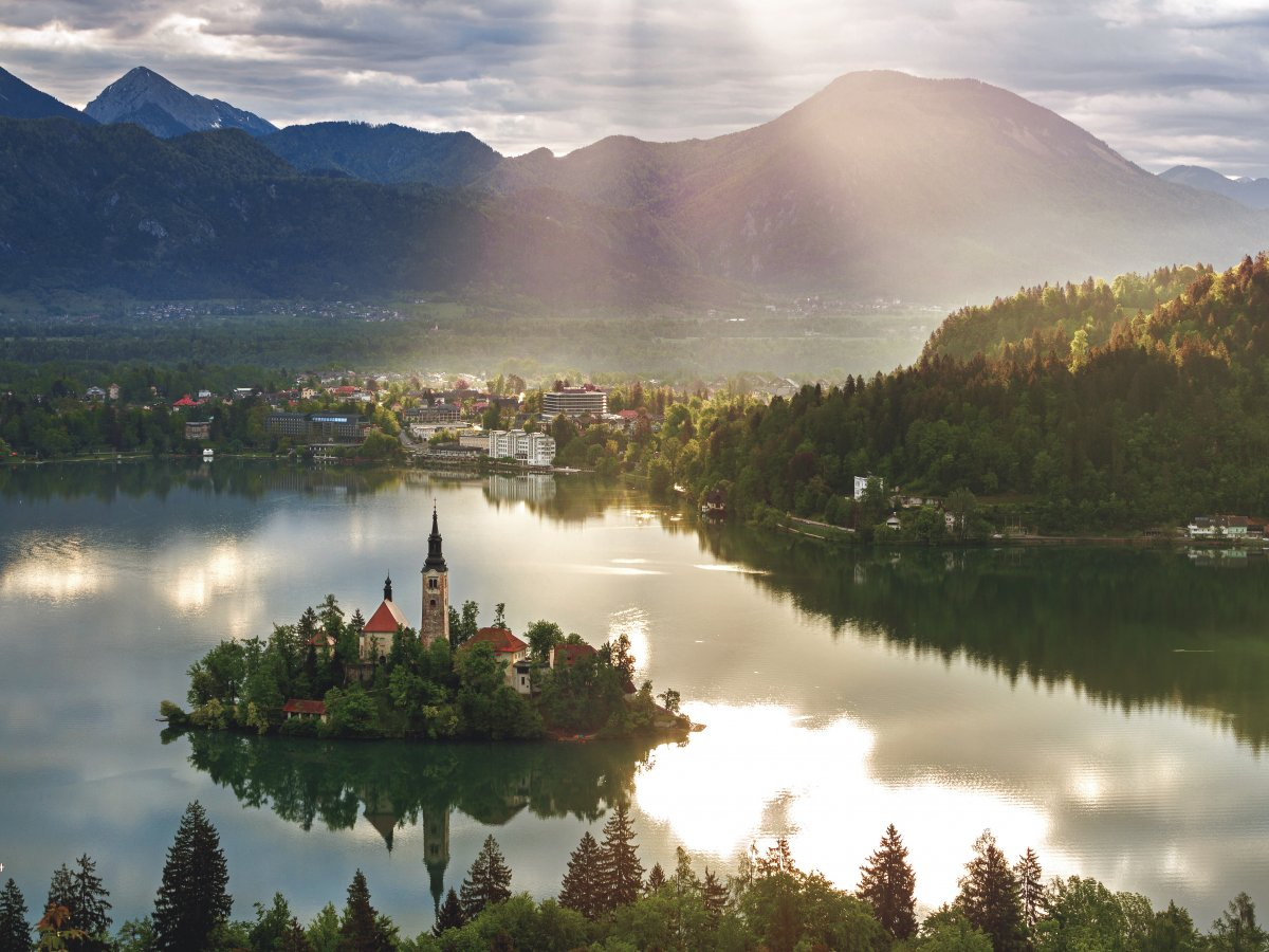 25-Slovenia-AD