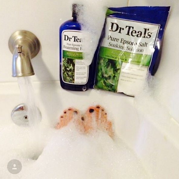 AD-Cheap-And-Eays-Hacks-For-The-Best-Bath-Ever-04