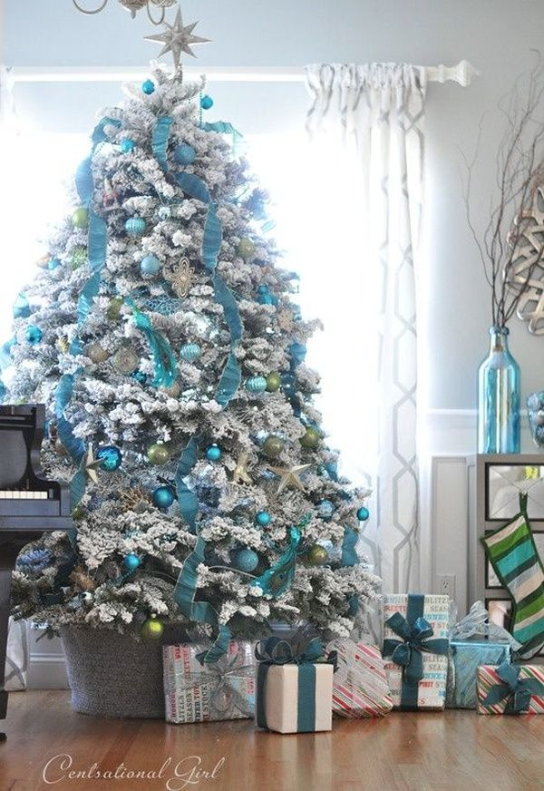 AD-Christmas-Tree-Ideas-For-An-Unforgettable-Holiday-09