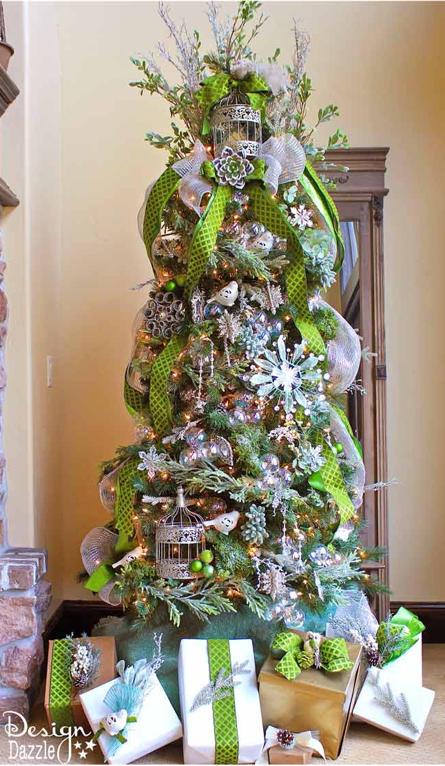 AD-Christmas-Tree-Ideas-For-An-Unforgettable-Holiday-12
