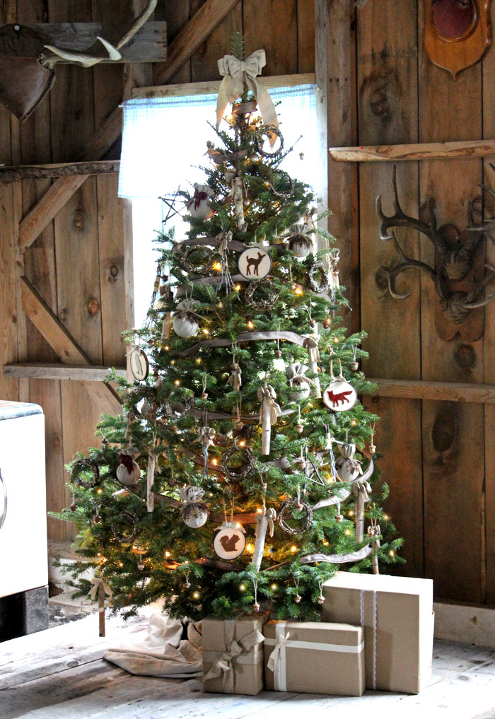 AD-Christmas-Tree-Ideas-For-An-Unforgettable-Holiday-15