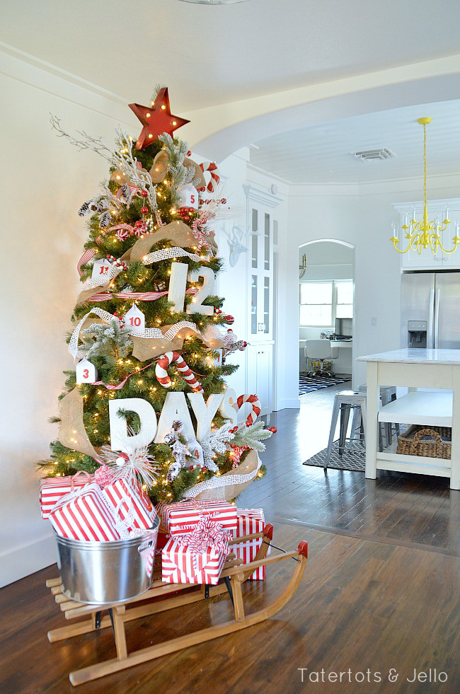 AD-Christmas-Tree-Ideas-For-An-Unforgettable-Holiday-28