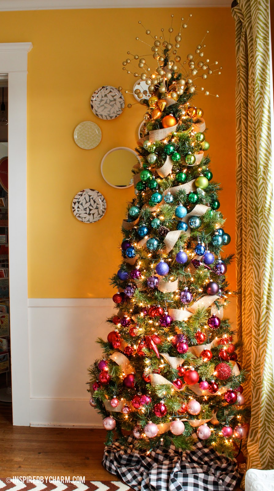 ad christmas tree ideas for an unforgettable holiday - Colorful Christmas Tree Decorations