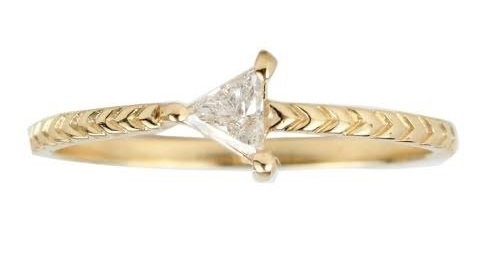 AD-Impossibly-Delicate-Engagement-Rings-That-Are-Utter-Perfection-01