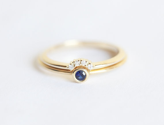 AD-Impossibly-Delicate-Engagement-Rings-That-Are-Utter-Perfection-09