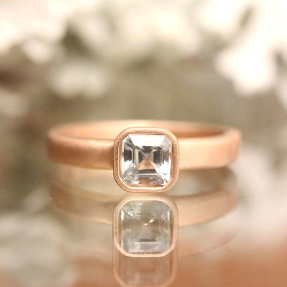 AD-Impossibly-Delicate-Engagement-Rings-That-Are-Utter-Perfection-28
