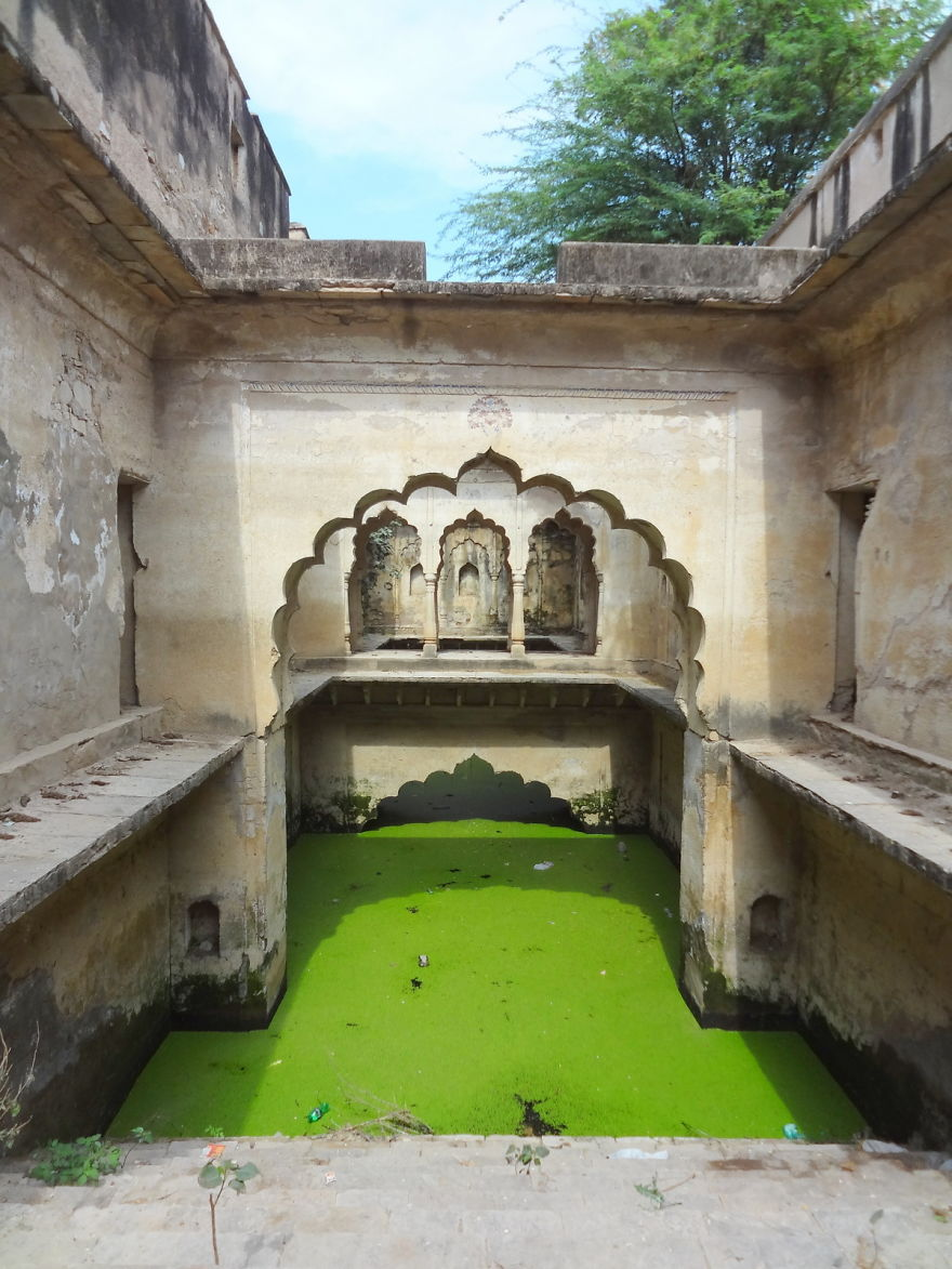 AD-Ive-Spent-Years-Searching-For-Indias-Vanishing-Subterranean-Marvels-03