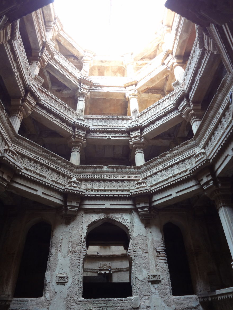 AD-Ive-Spent-Years-Searching-For-Indias-Vanishing-Subterranean-Marvels-11