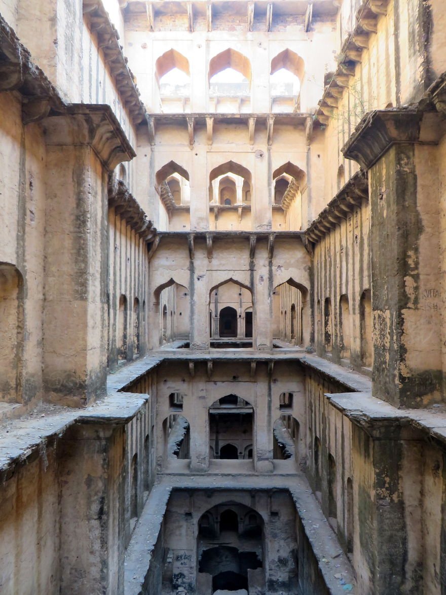 AD-Ive-Spent-Years-Searching-For-Indias-Vanishing-Subterranean-Marvels-15