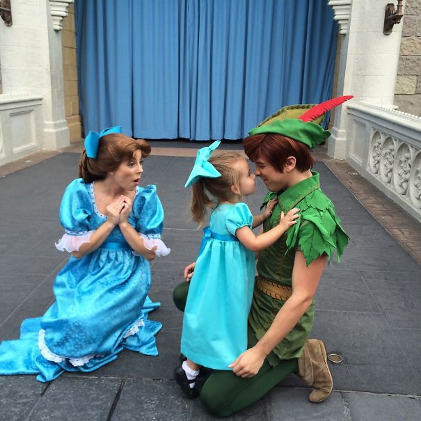 AD-Mom-Sews-Disney-Costumes-For-Her-Daughter-10
