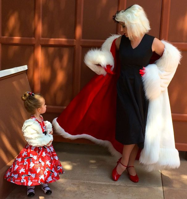AD-Mom-Sews-Disney-Costumes-For-Her-Daughter-14