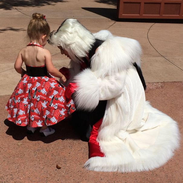 AD-Mom-Sews-Disney-Costumes-For-Her-Daughter-15