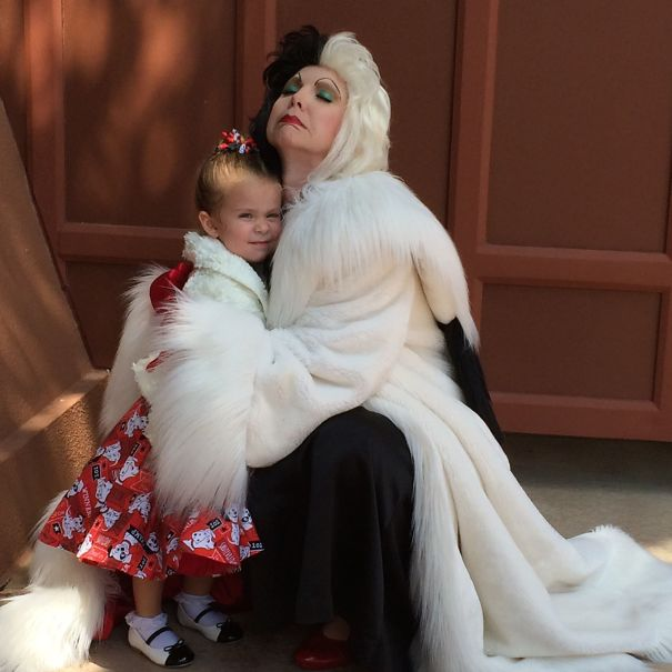 AD-Mom-Sews-Disney-Costumes-For-Her-Daughter-16