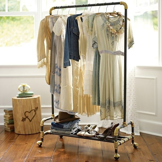 AD-Seriously-Life-Changing-Clothing-Organization-Tips-23