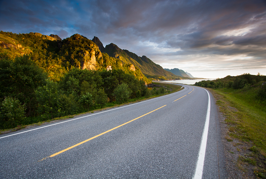 AD-The-Most-Wonderful-Roads-In-The-World-14