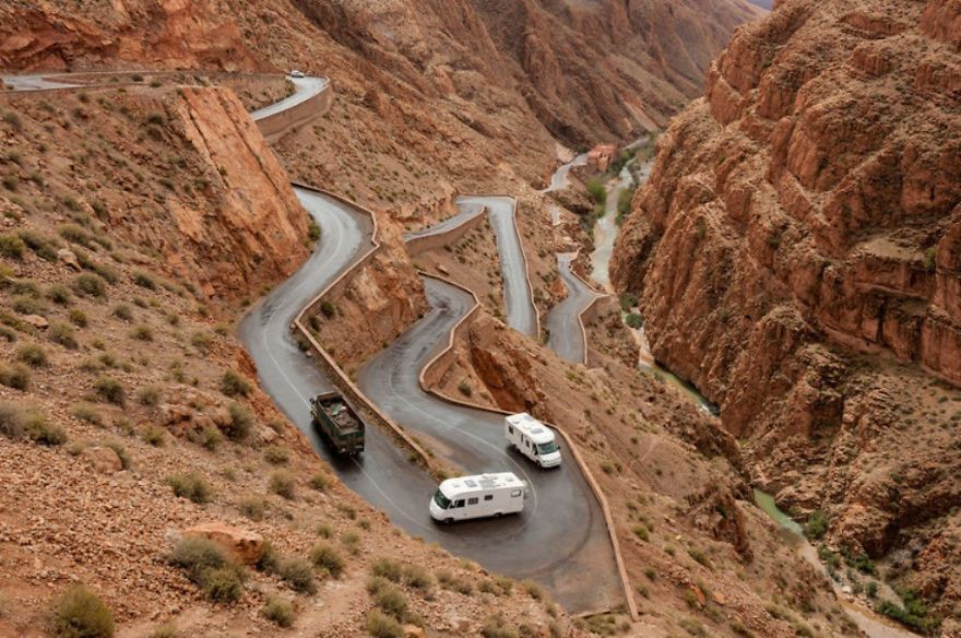 AD-The-Most-Wonderful-Roads-In-The-World-21