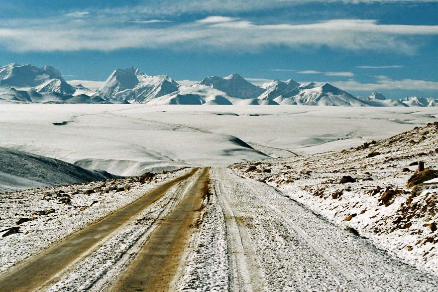 AD-The-Most-Wonderful-Roads-In-The-World-57