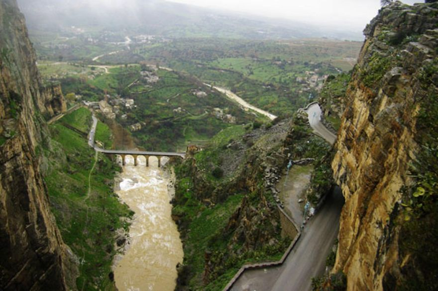 AD-The-Most-Wonderful-Roads-In-The-World-78