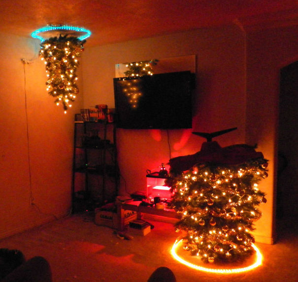 AD-100+-Of-The-Most-Creative-Christmas-Trees-Ever-06