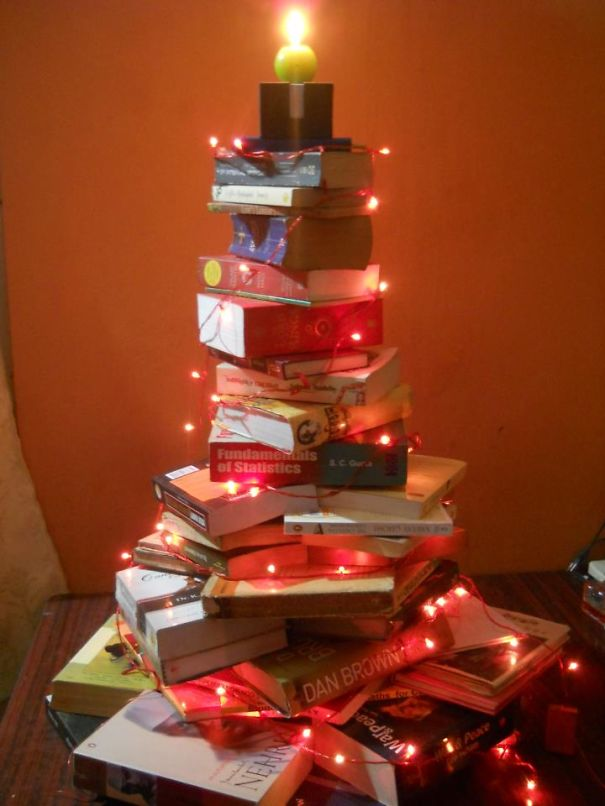 AD-100+-Of-The-Most-Creative-Christmas-Trees-Ever-111